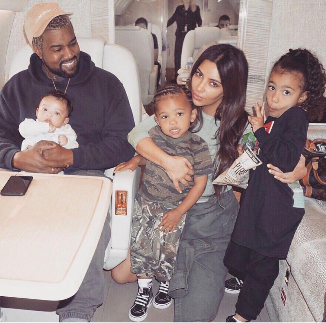 Как Ким Кардашьян поздравила Канье Уэста с Днем Рождения
