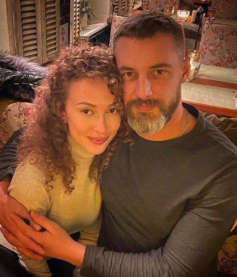 Почему Антон Батырев не знакомит новую избранницу с сыном