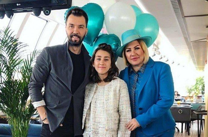 Как изменилась дочь Дениса Клявера и Евы Польна Эвелин к своему 16-летию