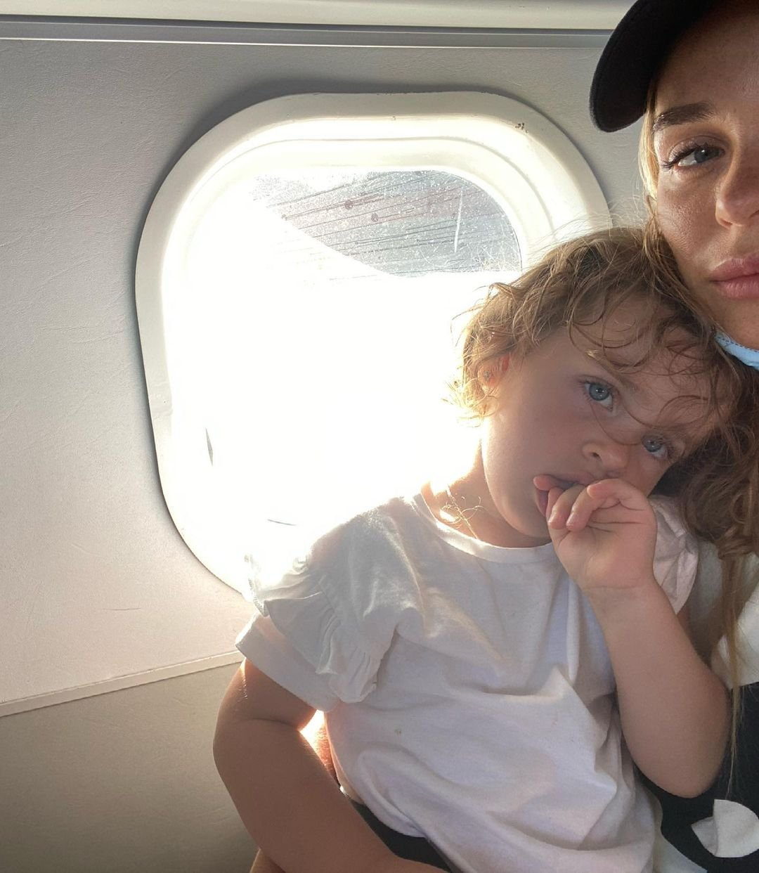 """""""Срываюсь"""": Анна Хилькевич не справляется с кризисом 3 лет у дочери"""