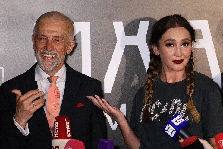 Ольга Бузова сыграла на сцене МХАТ: оценка руководителя театра