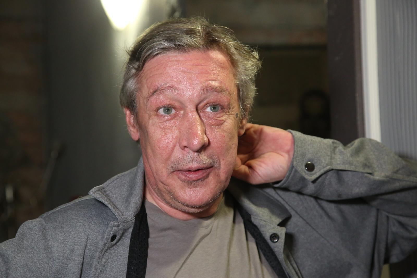 «Очень сильно похудел»: сидевший с Михаилом Ефремовым рассказал о его состоянии