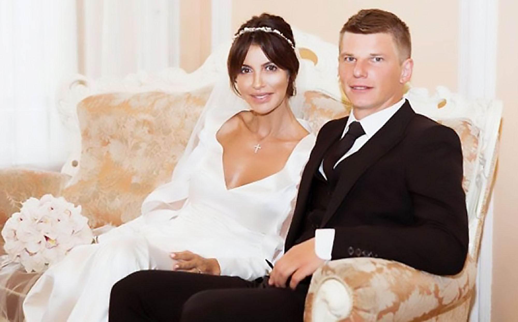 Алиса Казьмина пояснила, что за деньги замешаны в их с Андреем Аршавиным разводе