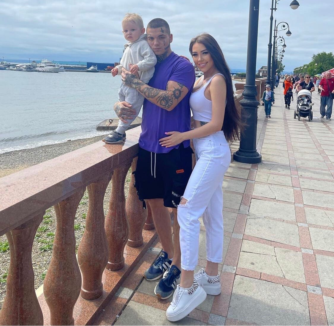 Алёна Рапунцель выходит замуж