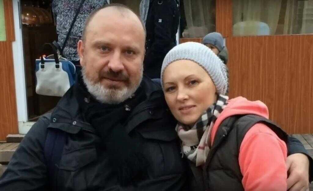 Из-за чего бывший муж Елены Ксенофонтовой снова судится с ней?