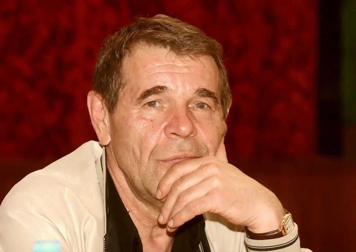 Родственники Алексея Булдакова намерены поставить ему памятник за 10 миллионов рублей за народные деньги