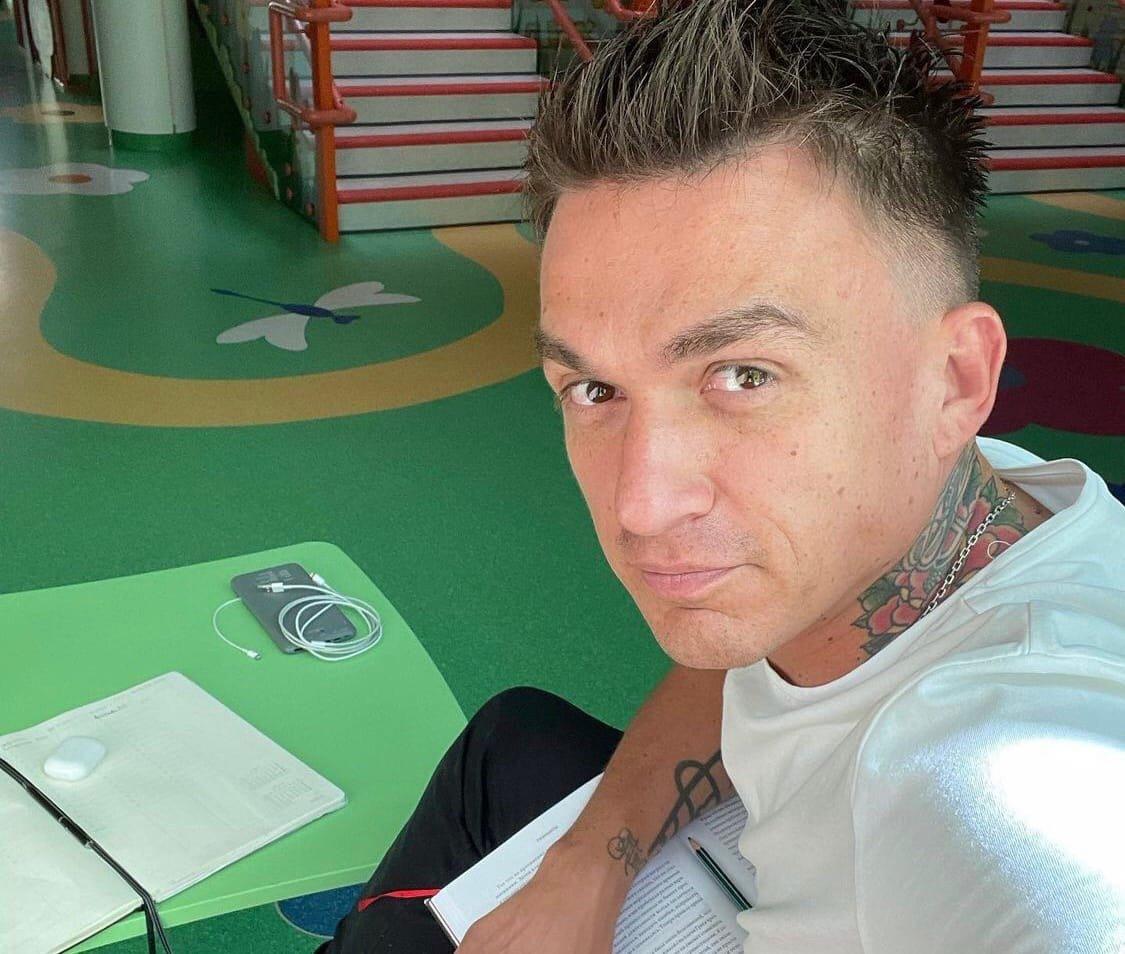 Почему Владу Топалов отправился в детский сад вместе с сыном