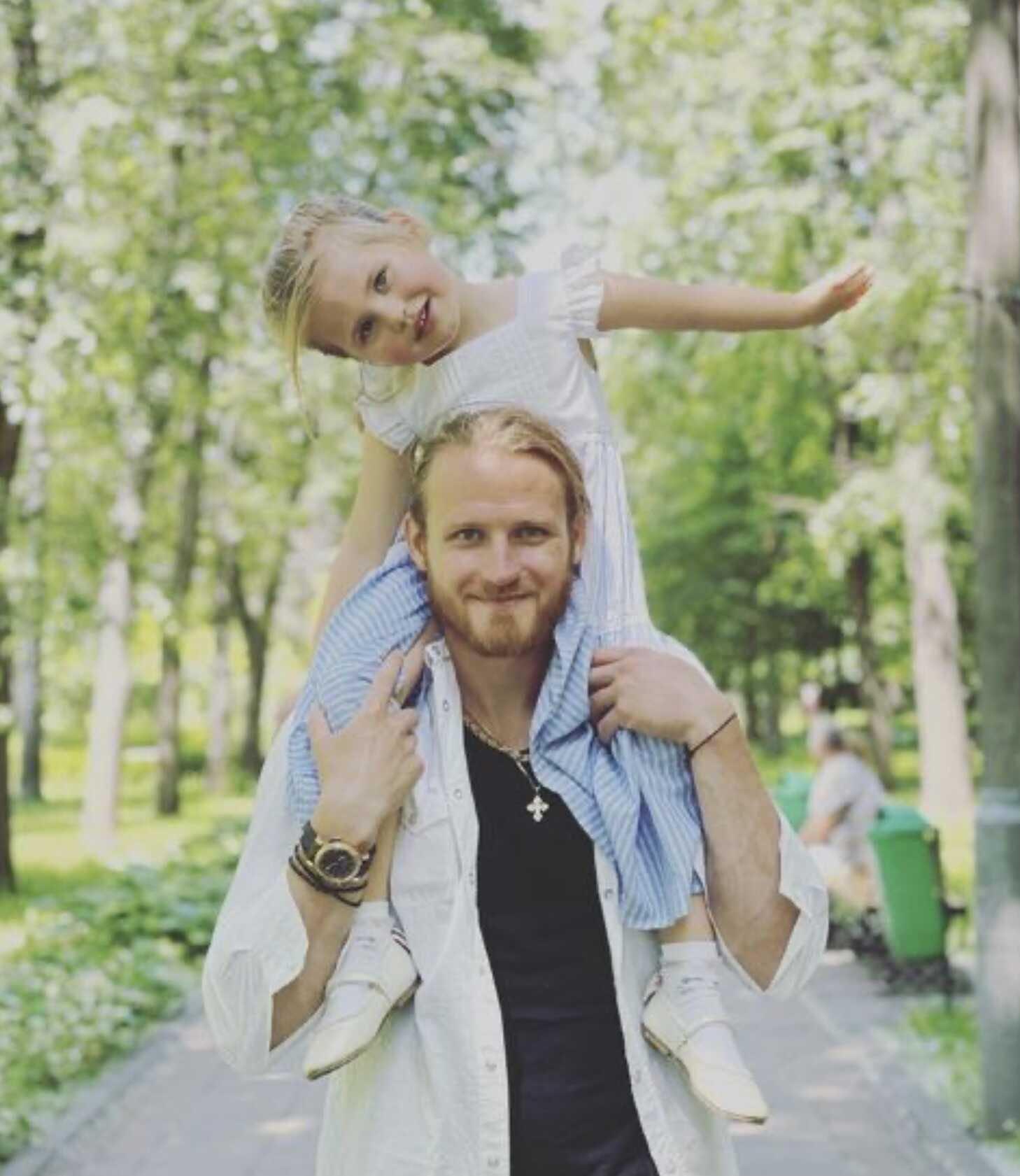 Дочь Пелагеи живет с Иваном Телегиным