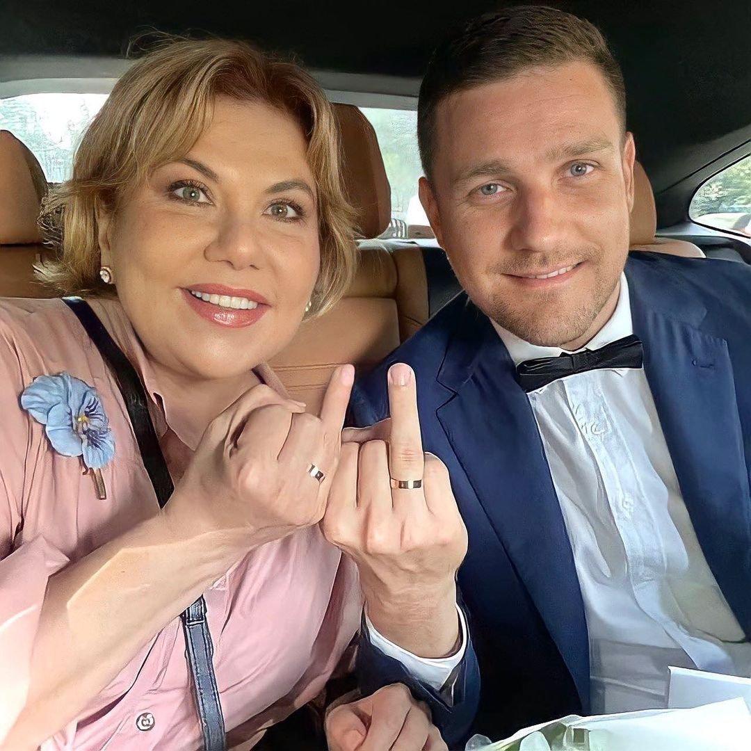Что необычного нашли в кадрах со свадьбы Марины Федункив с итальянцем в МФЦ?