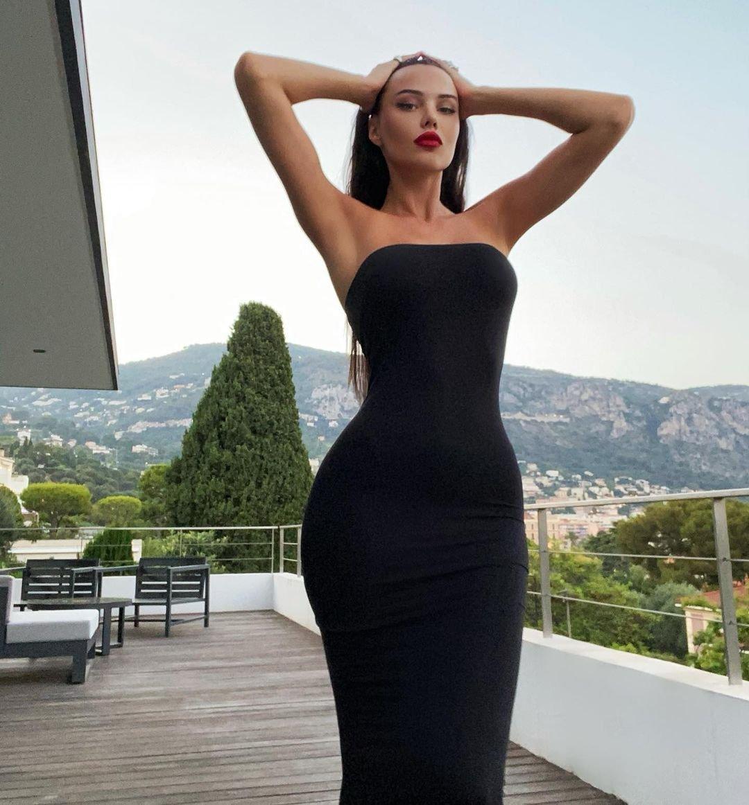 Анастасия Решетова одной фразой дала отпор женатым похотливым мужчинам