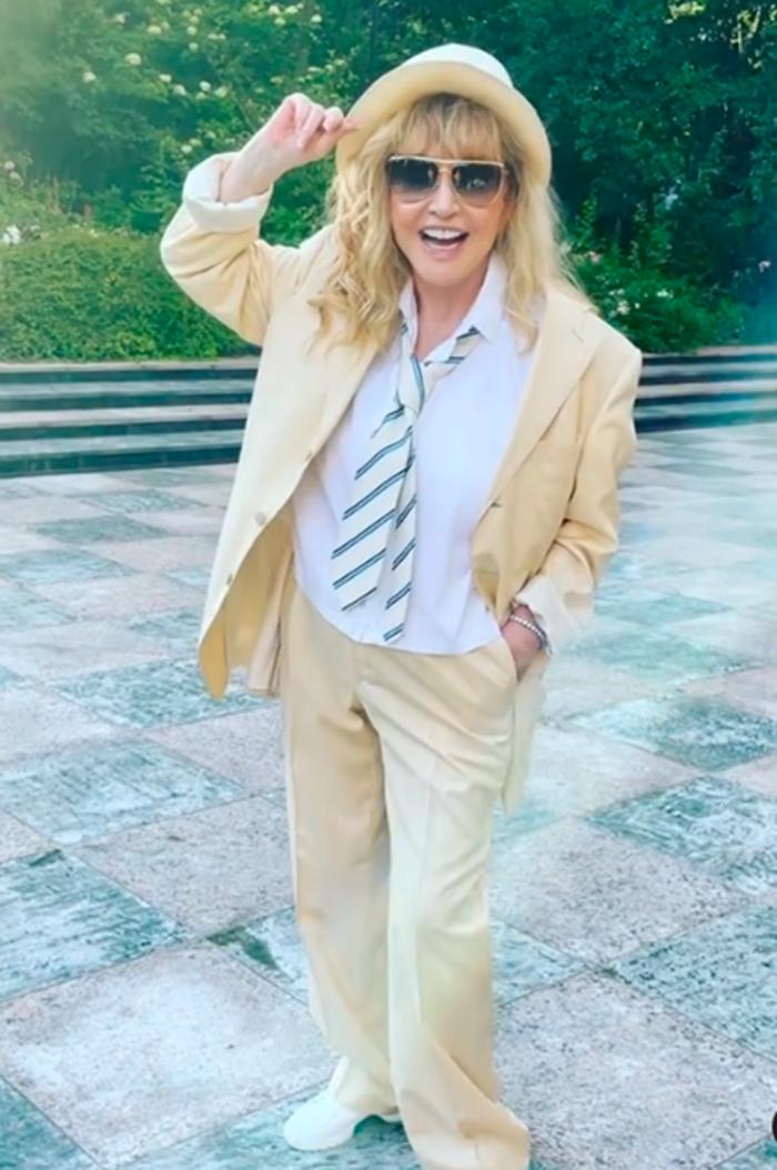 Кристина Орбакайте показала стильный образ Аллы Пугачевой