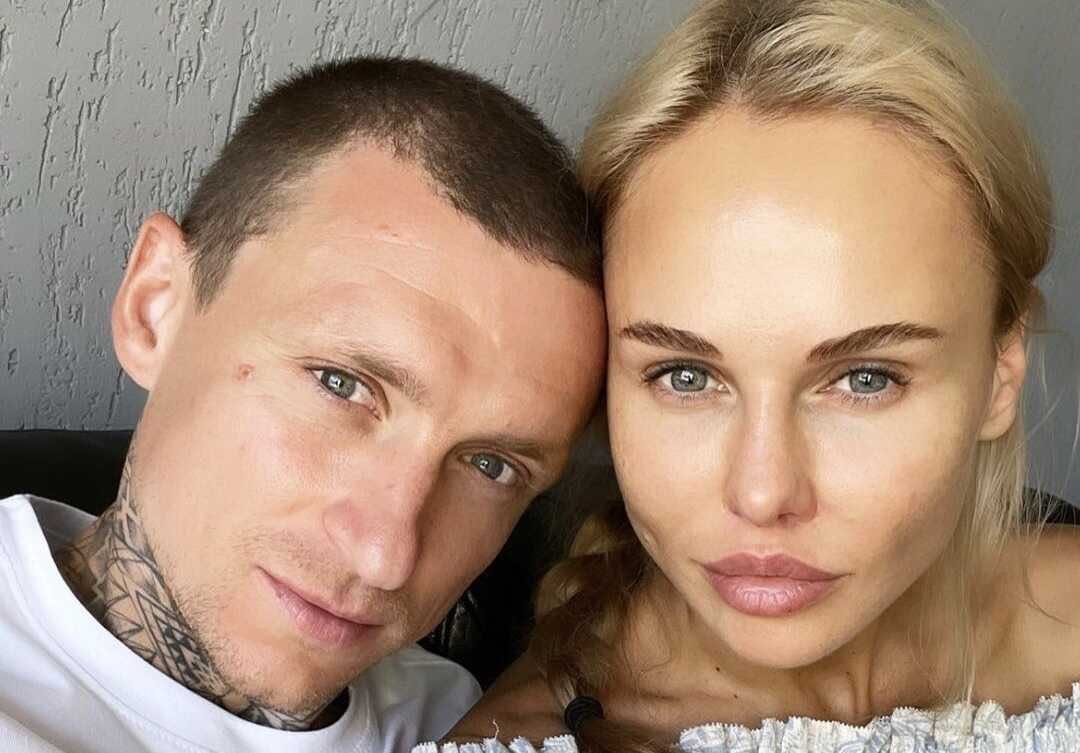 «Поздний обед»: Павел Мамаев познакомил новую избранницу с мамой