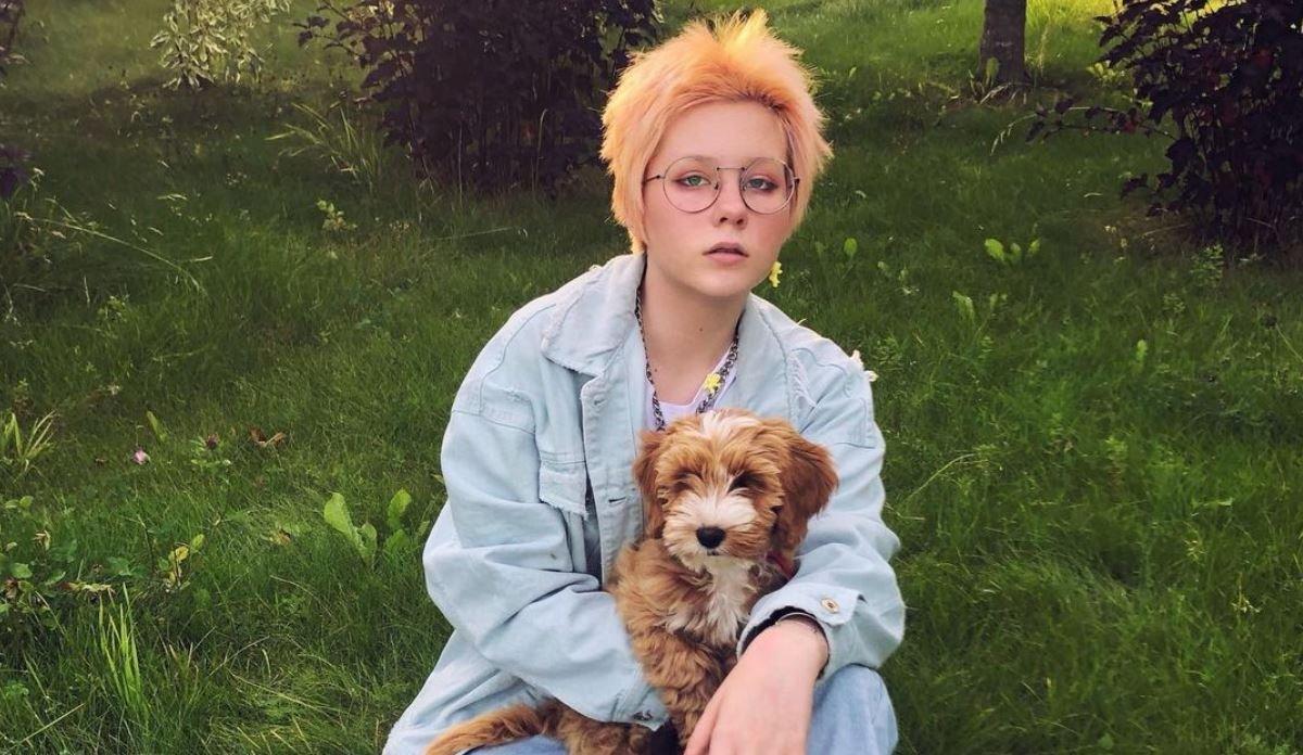 Певица Глюкоза отметила странное поведение дочери