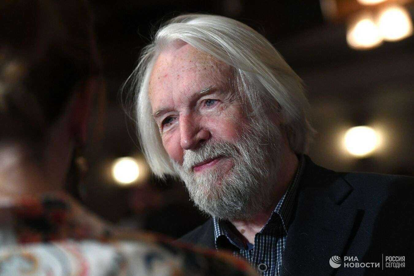 88-летний Станислав Любшин доставлен в госпиталь в тяжёлом состоянии