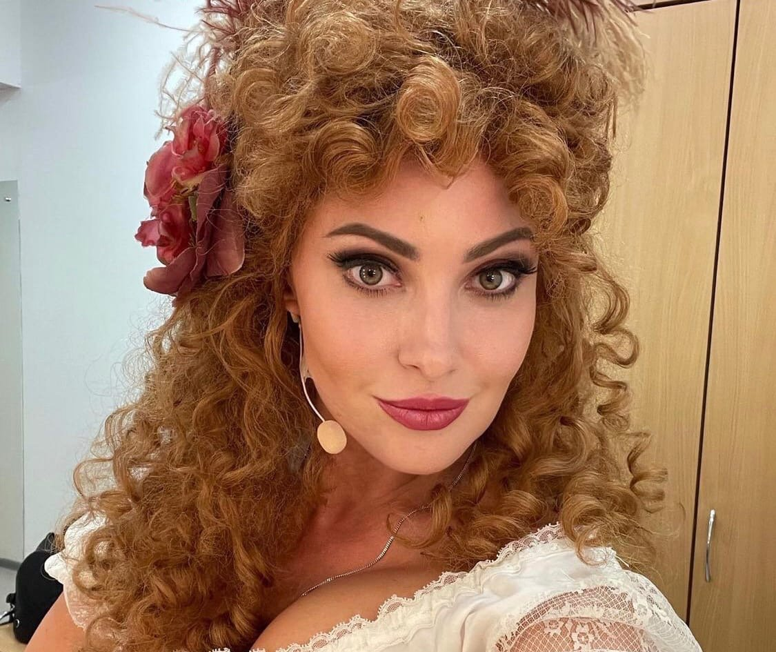Анастасия Макеева пожаловалась на навязчивого поклонника