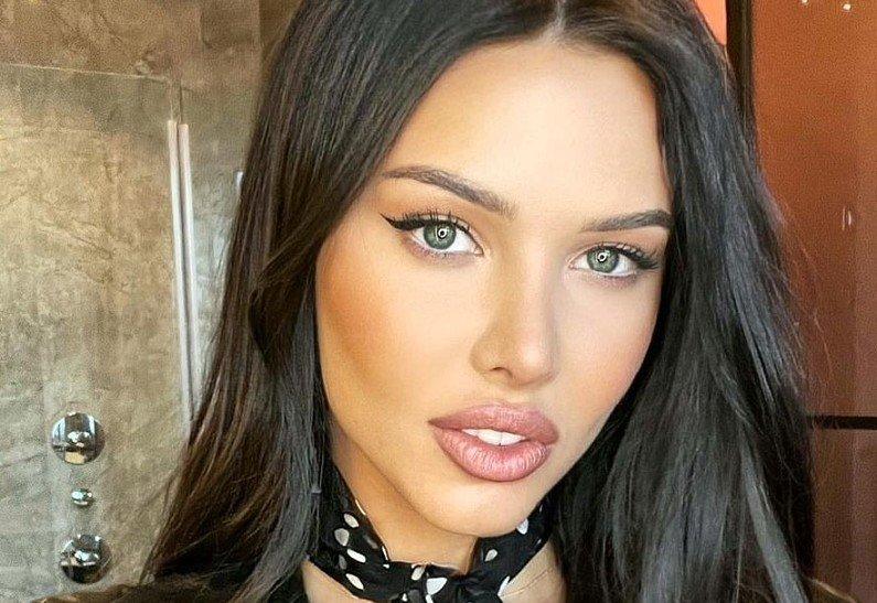 Анастасия Решетова сообщила, что говорит на арабском языке