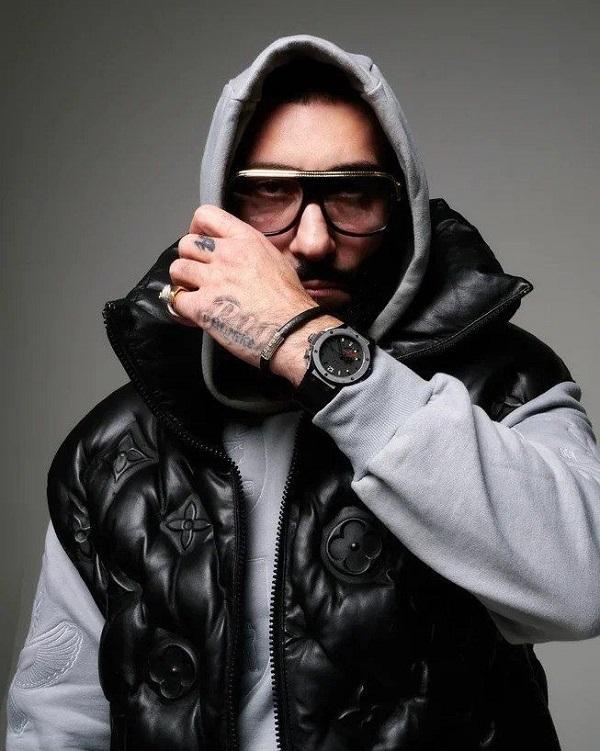 «Хип-хоп с ритмическими узорами, провокационными мотивами и социальной проблематикой»: В.М. отмечает год со дня своего рождения
