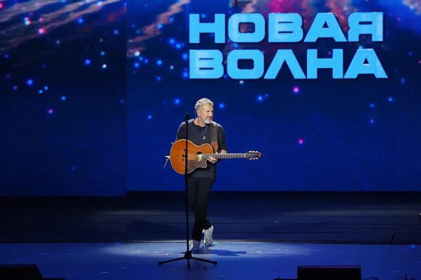 Леонид Агутин ответил подписчице, раскритиковавшей его творчество