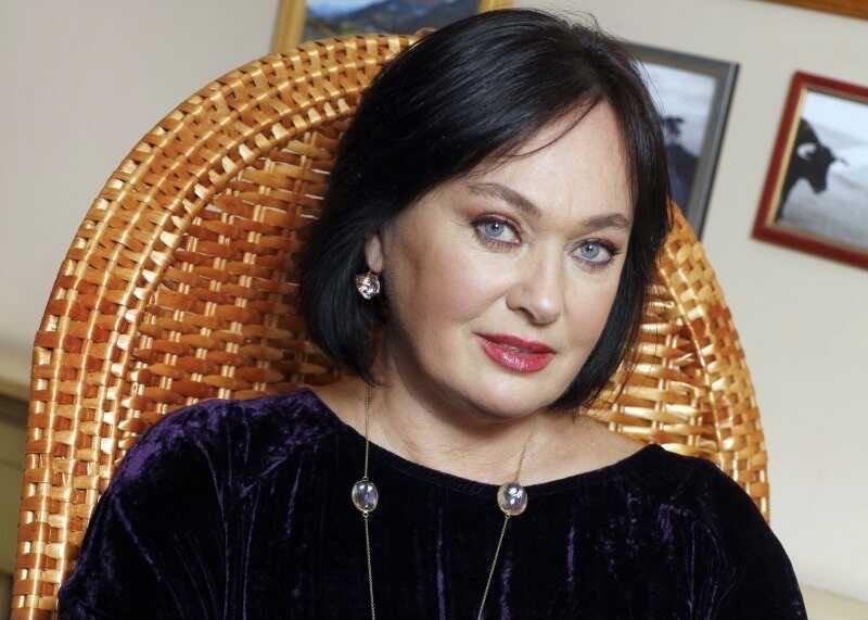 Ларисе Гузеевой предстоит переливание плазмы крови
