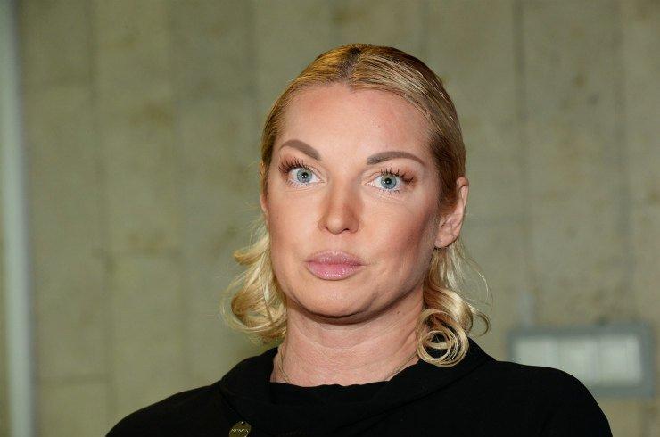 Анастасия Волочкова рассказала, как борется с морщинами