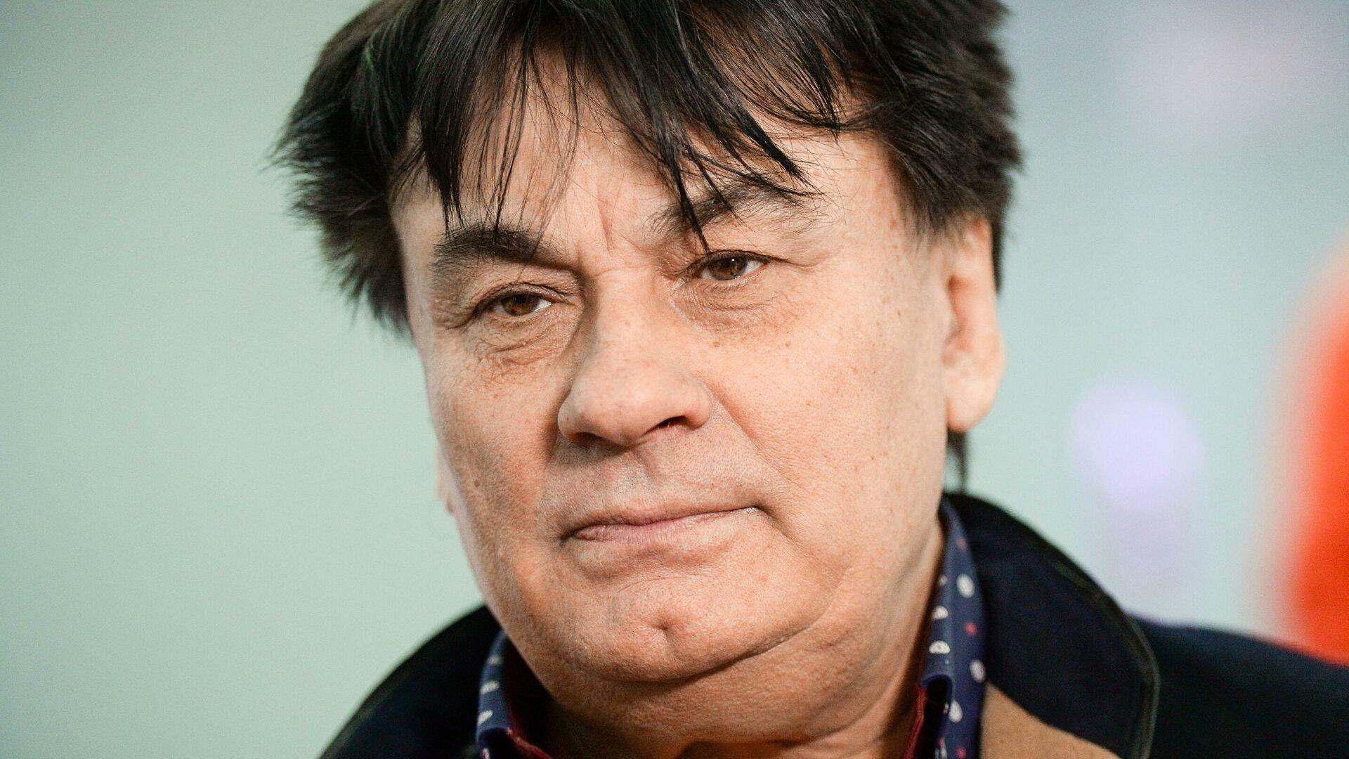 Игорь Крутой призвал молиться за Александра Серова