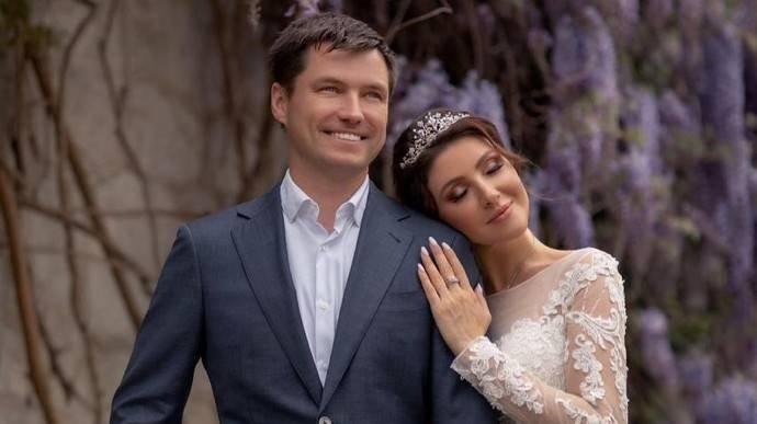 """""""Подал два иска"""": Роман Мальков хочет получить от бывшей жены алименты на старшего сына"""